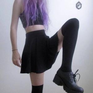 fille_violet